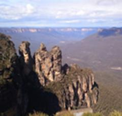 BLUE MOUNTAINS - (Full day) --- Lunch & Featherdale Wildlife Park included --- A minimum of 6 Adults per Tour. - English Speaking Tour only - On request.
