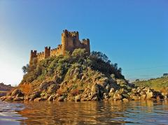 KNIGHTS TEMPLAR (WITH ALMOUROL CASTLE)
