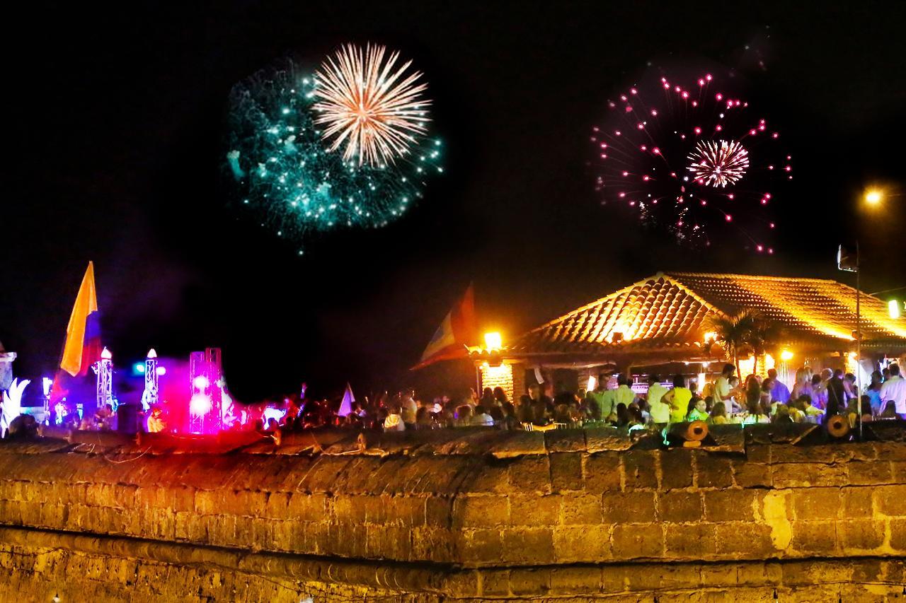Cafe del Mar I NYE Fireworks