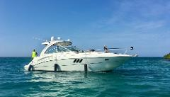 Island Hopping in Style + SeaRay 38*