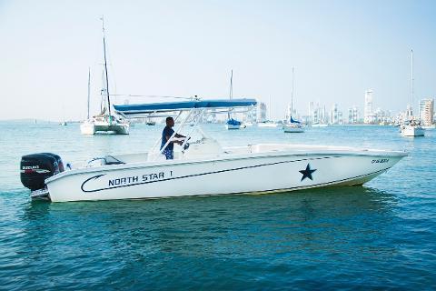 Island Hopping in Style + Speedboat 32