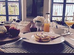 Table Reservation @ Oh! La La... Cafe Bistrot