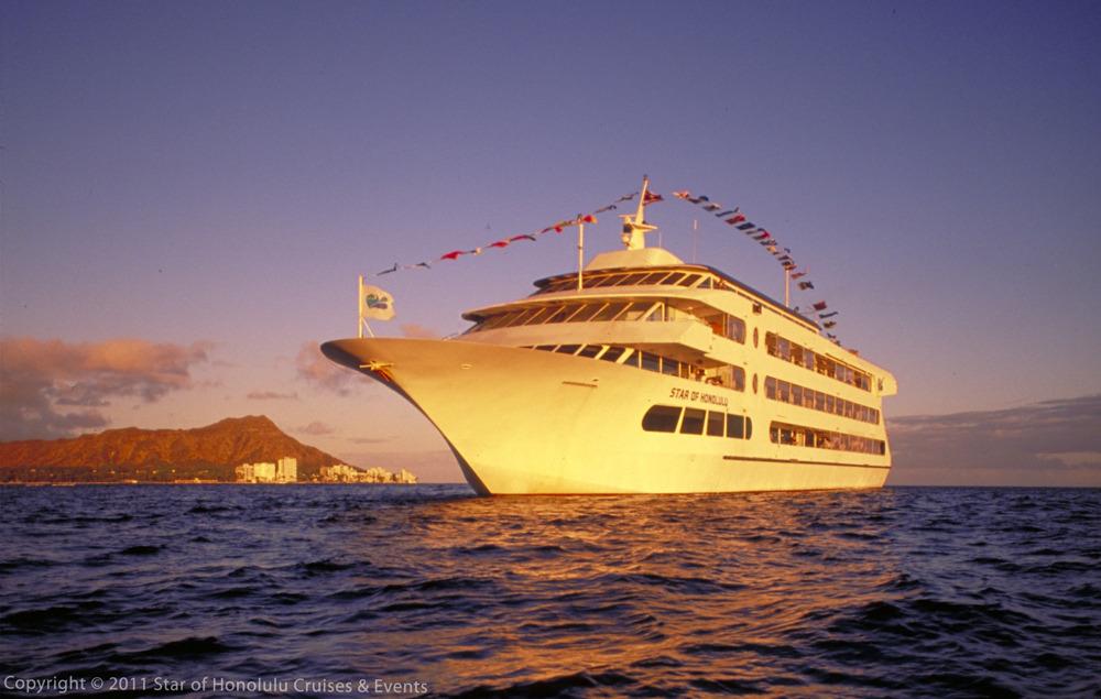 Star of Honolulu - 5 Star Dinner Cruise