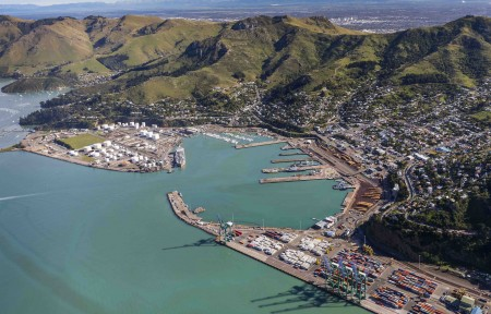 *Lyttelton CHCH to Akaroa then to Downtown Christchurch Private Full Day Tour - 5 to 8 ppl with recommended optional extras