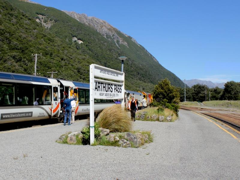 Christchurch TO Arthur's Pass Private Express Transfer