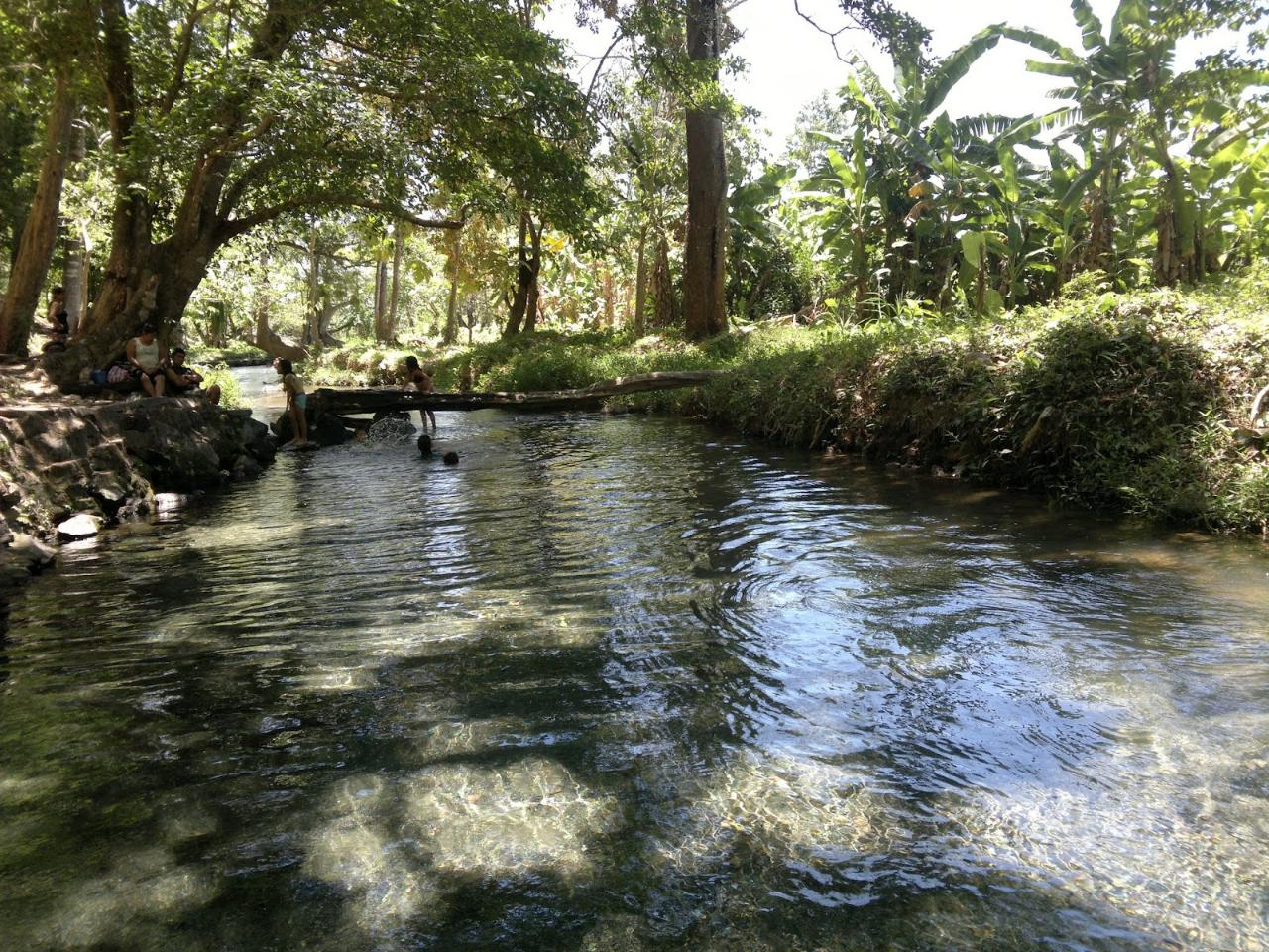 Aguas Agrias - Cool Water Thermal Spring & Lagoon