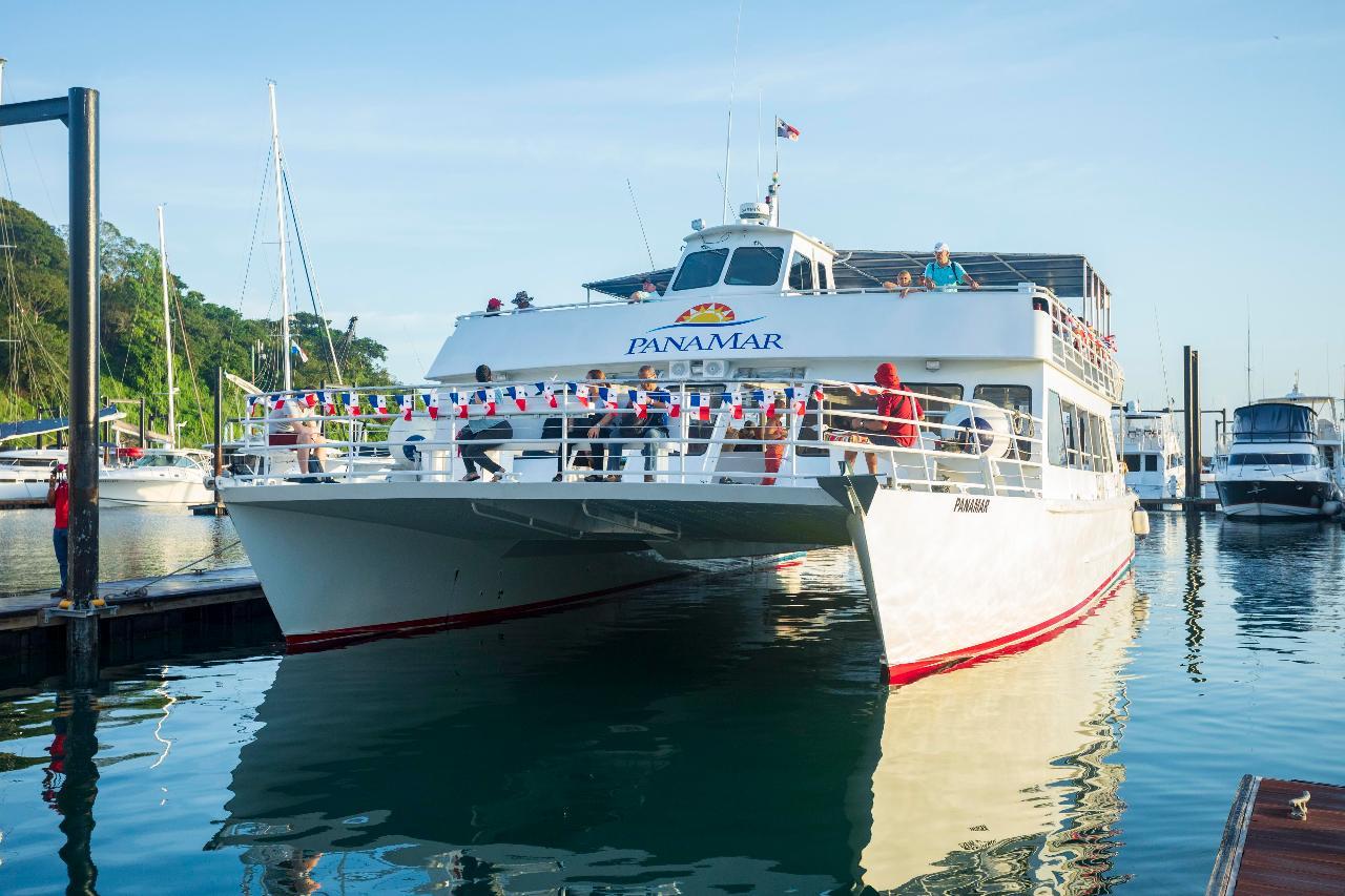 Panama Canal Transit on Mega Catamaran - All Inclusive