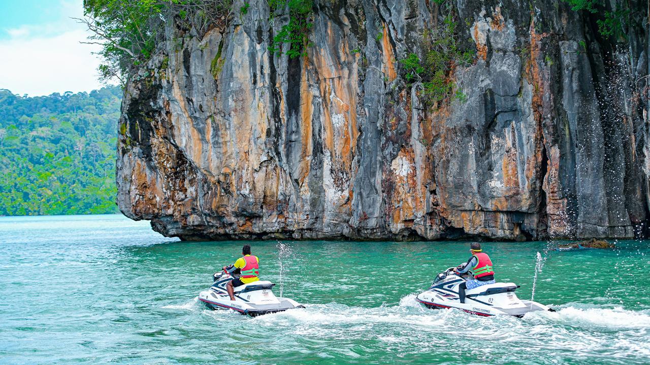 Private Discover Magical Islands Jet Ski