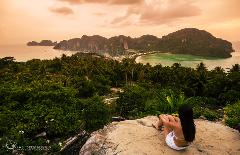 Private Tour Phi Phi Islands by Speedboat