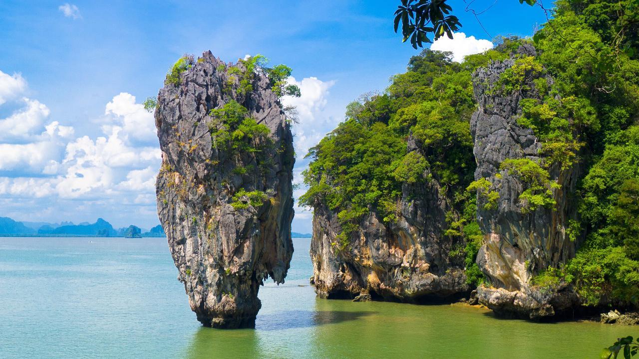 Private Premium Phang Nga Bay - James Bond Island by Speedboat