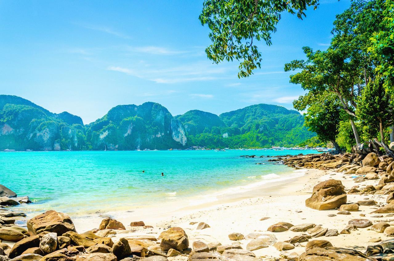 Private Premium Phi Phi Islands by Speedboat