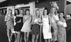 Adelaide - Hahndorf  5 wineries tour