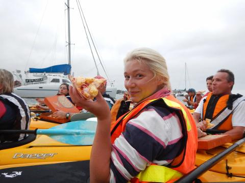 Pizza Paddle - Dinner Kayak Tour Batemans Bay