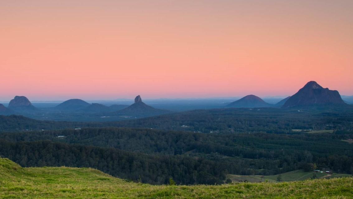 Mid-Week Escape: Sunshine Coast & Hinterland - Overnight Tour