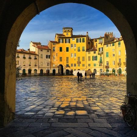 Pisa and Lucca From Florence Fullday Driving Tour