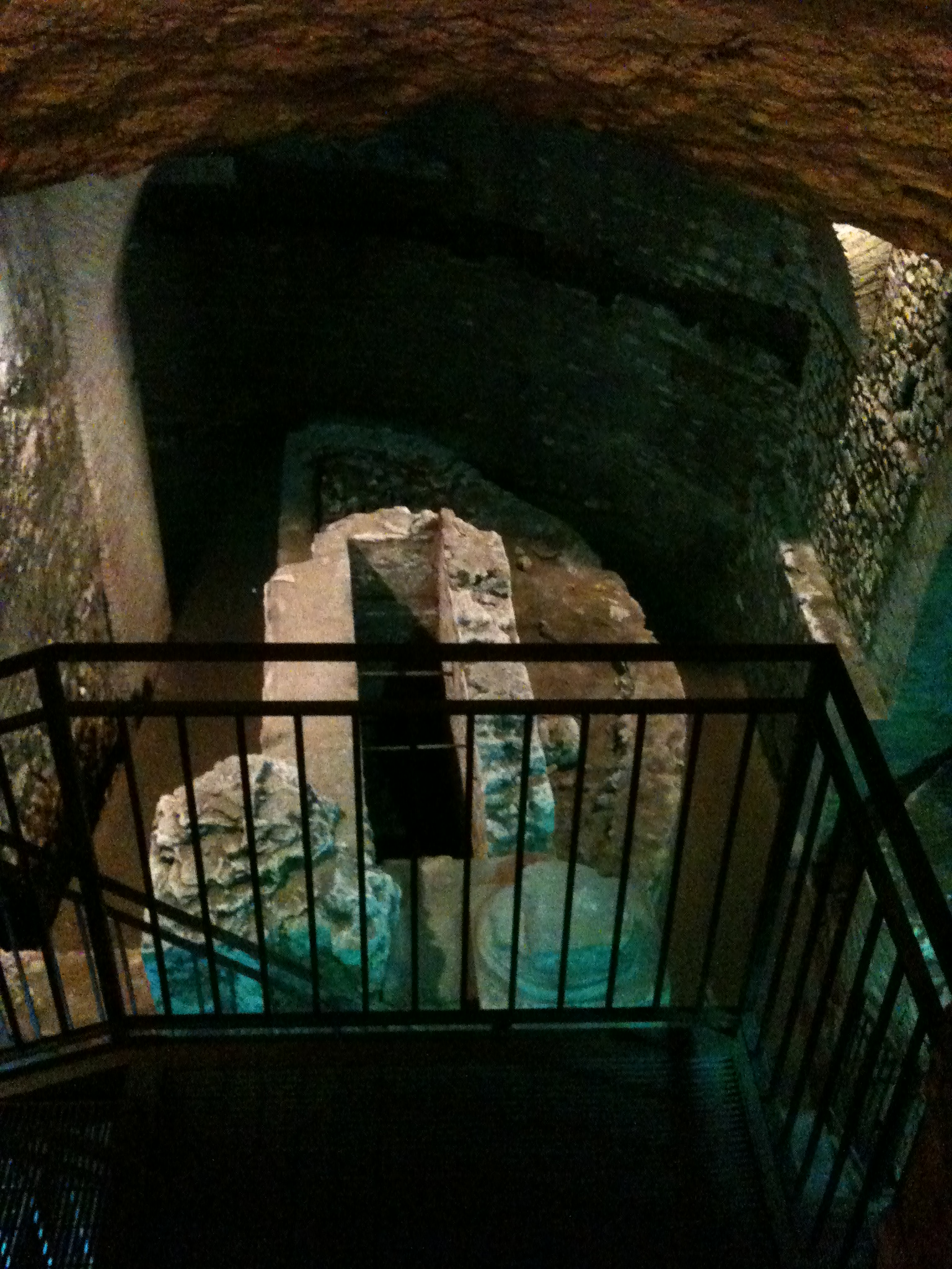 Trastevere Undergrounds Walking Tour - Secret Rome