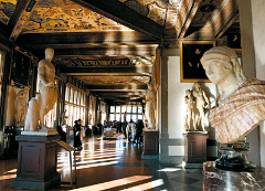 Private Guided Tour of the Uffizi with Skip the line entrances