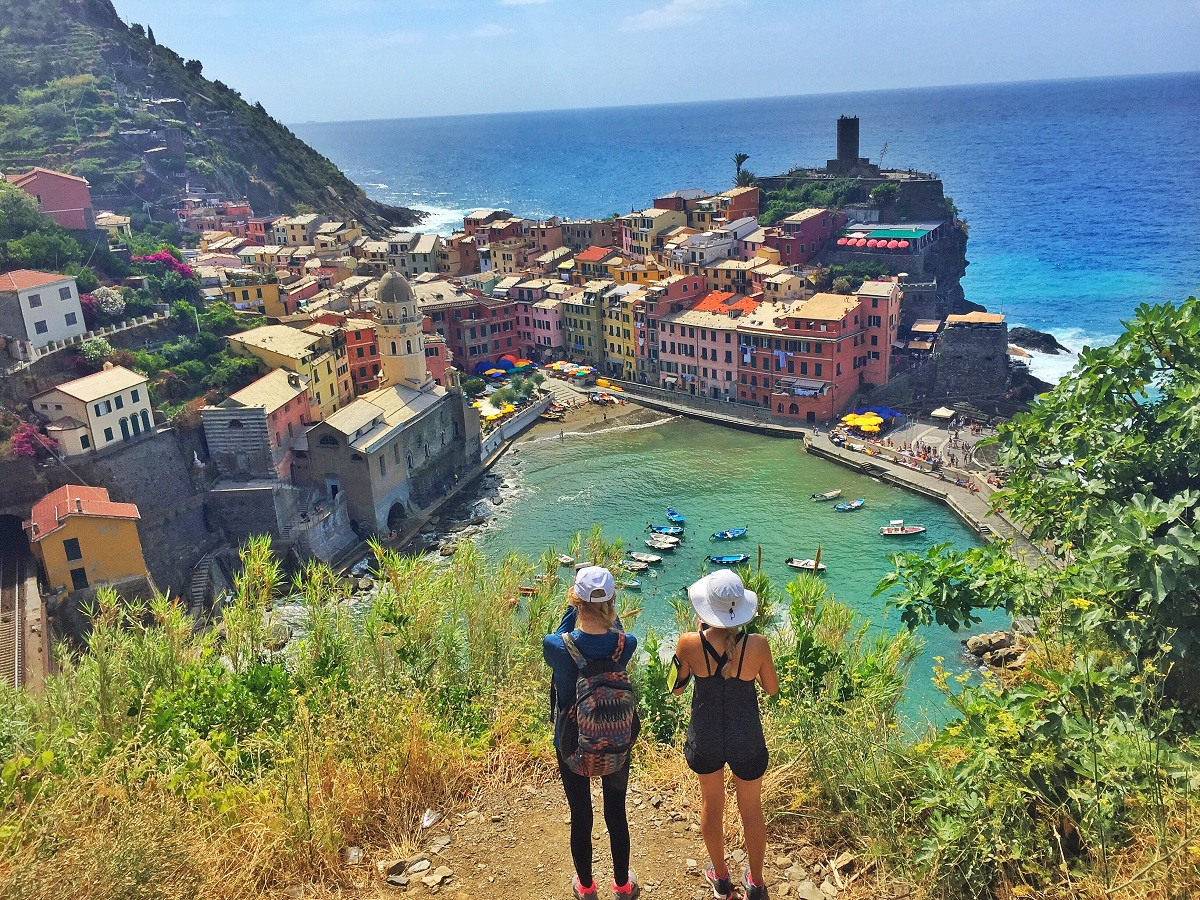 Cinque Terre Private Excursion with Driver and Local Expert Guide