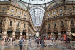 Private Half Day Guided Walking Tour of Milan