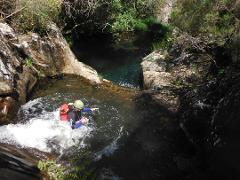 Canyoning no rio de Frades (parte superior) :: at Frades River (upper section)