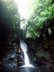 Canyoning - Intermediate - Bowen's Creek Canyon
