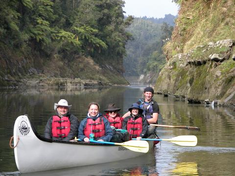 3 Day Whanganui Guided Voyageur Canoe