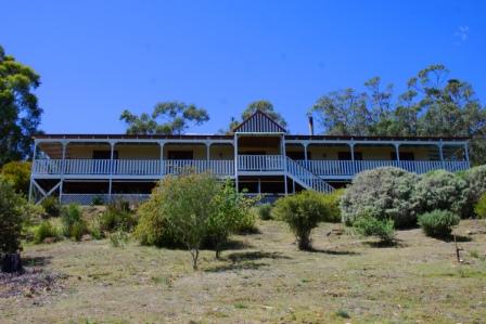 Three Capes and Tasman Lodge - Bedroom 1 (??)