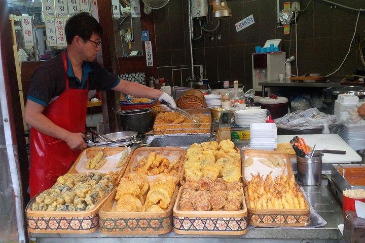 Gwangjang Market Food Tour including Lunch