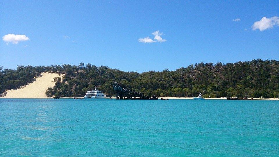 1 Day Moreton Island 4WD Eco Sightseeing tour