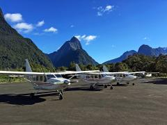 Milford Sound and Glaciers: Fly/Cruise/Fly 8:00am