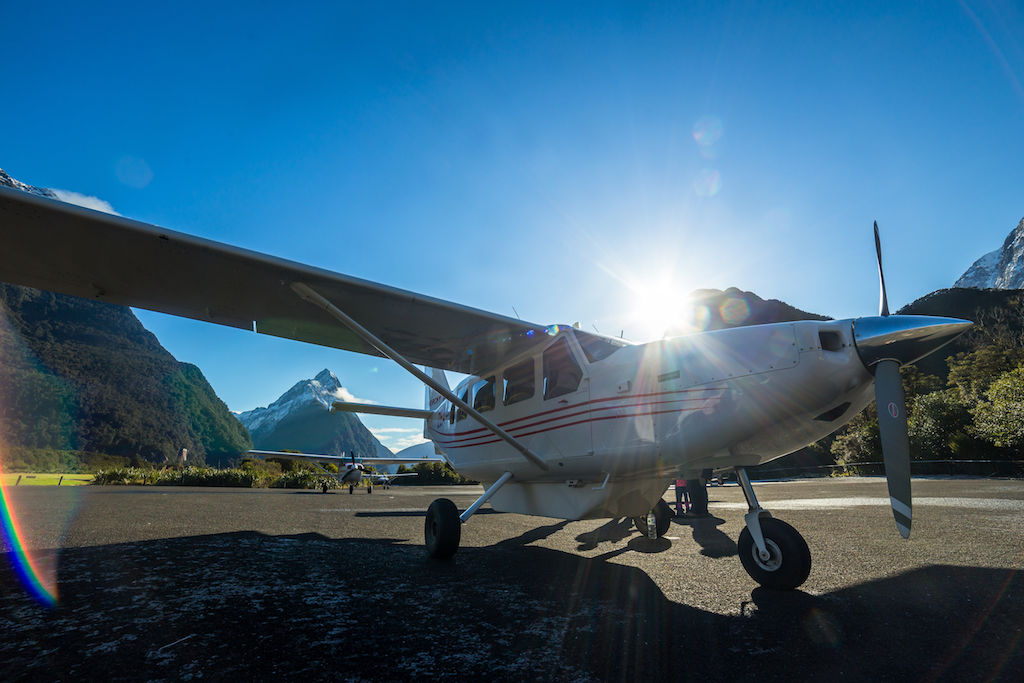 Summer 18/19: Milford Sound and Glaciers: Fly/Cruise/Fly 8:00am