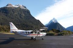 Milford Sound and Glaciers: Fly In
