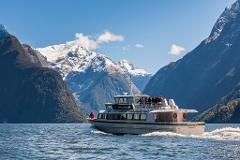 Milford Track Guided Walk & Boat Cruise From Te Anau