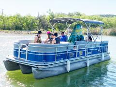 TRITOON 12-PASSENGERS (CAPABLE OF PULLING A TUBE)