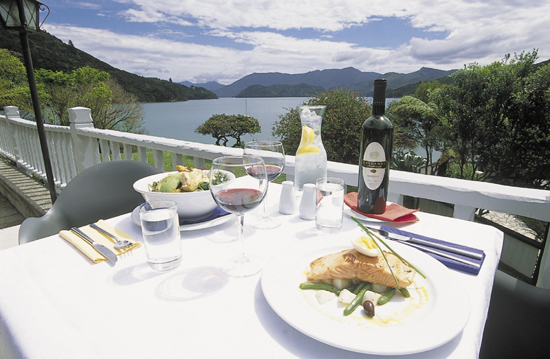 5 Day Upgrade Independent Walk - Furneaux Lodge, Punga Cove & 2 nights at  Portage Hotel