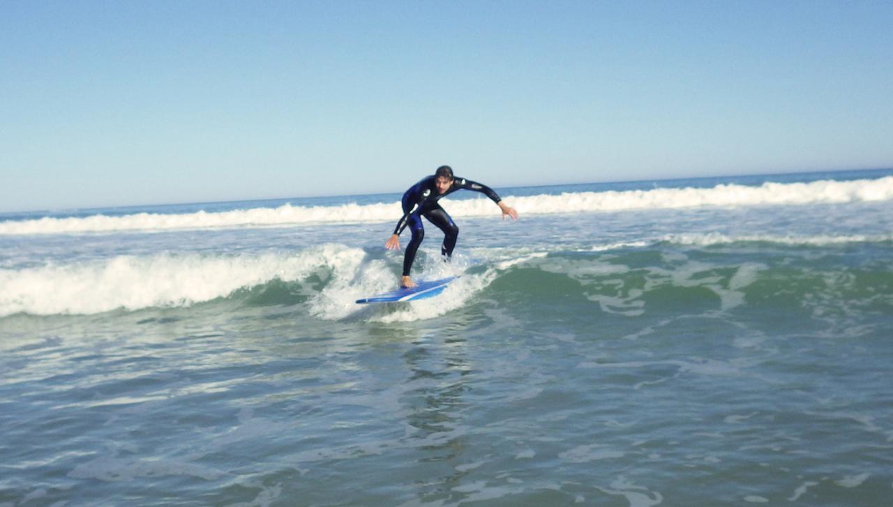 4 Surf Lesson Concession
