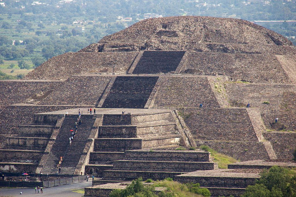 Mexico: Private Tour to Teotihuacan, Tula & Anthropology Museum