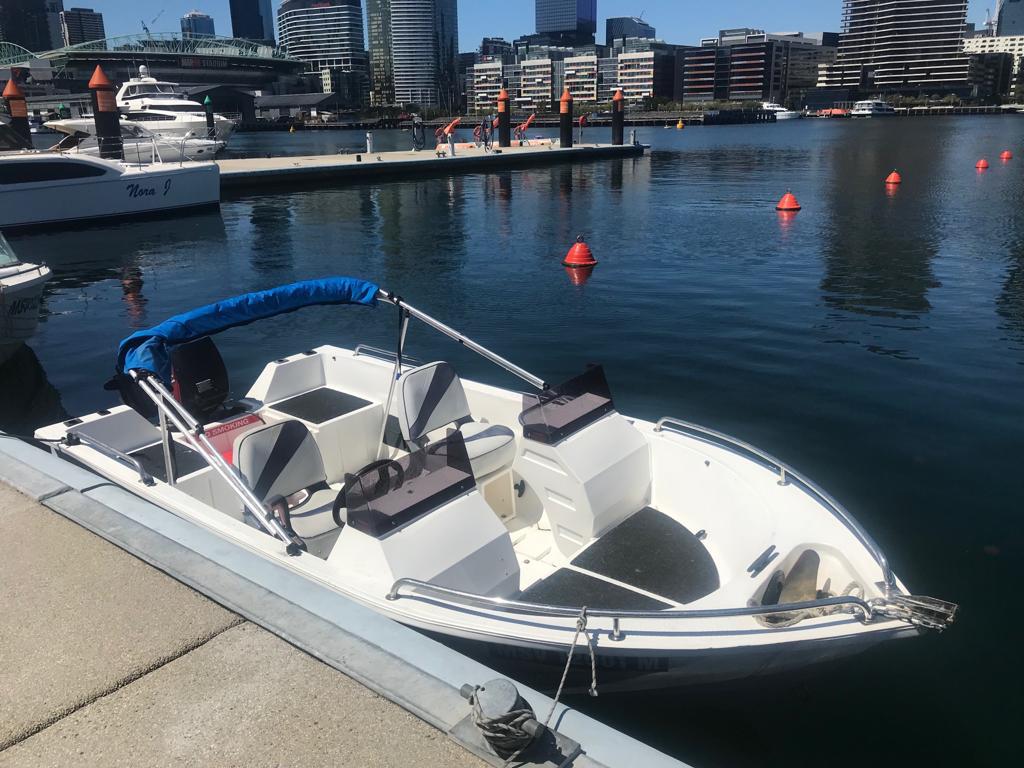 "Polycraft Bowrider ""Joy "" 40HP - Per Hour"