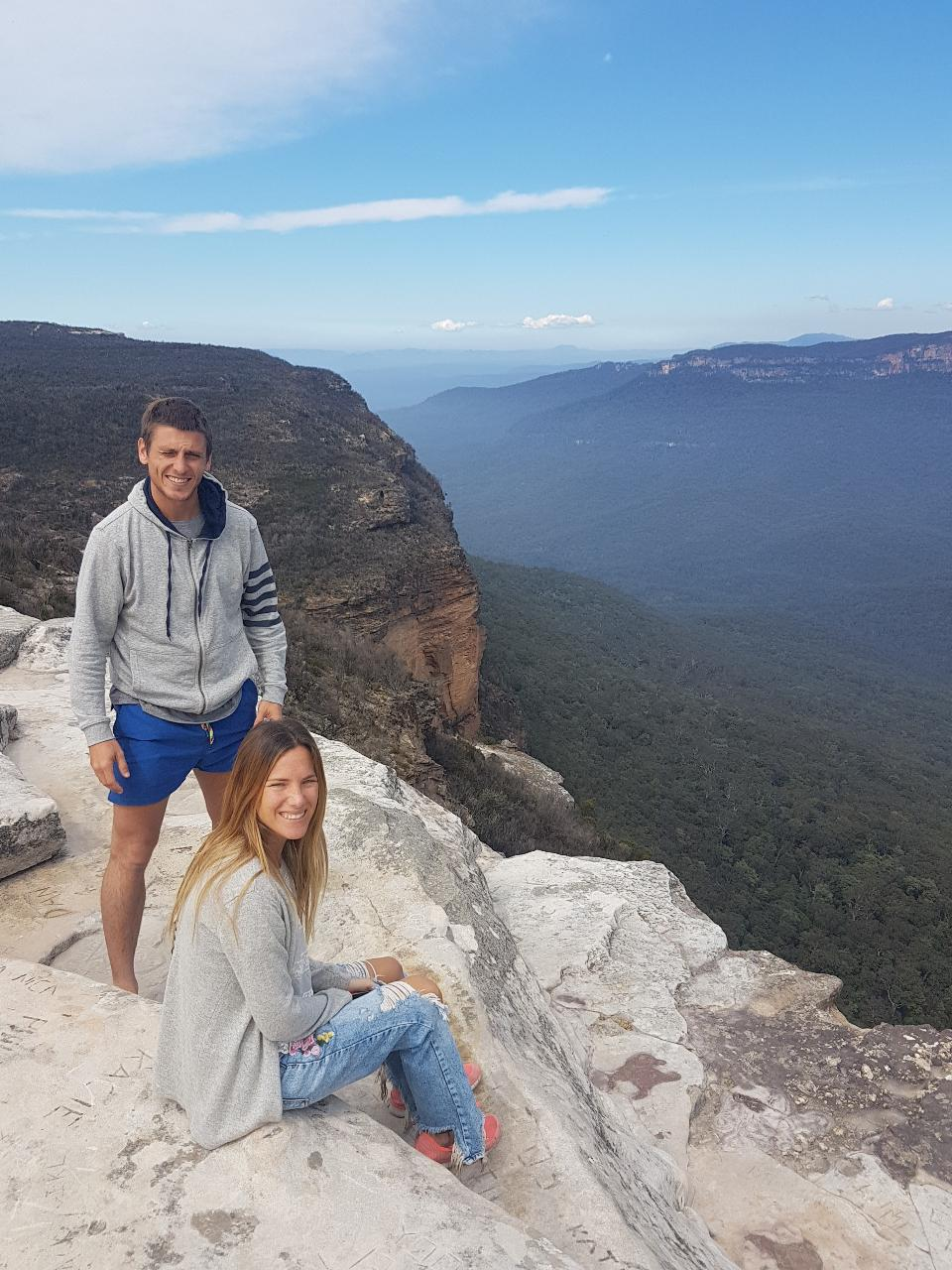 HIKE THE BLUE MOUNTAINS