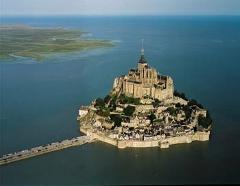 Overnight Mont-Saint-Michel and Loire Valley