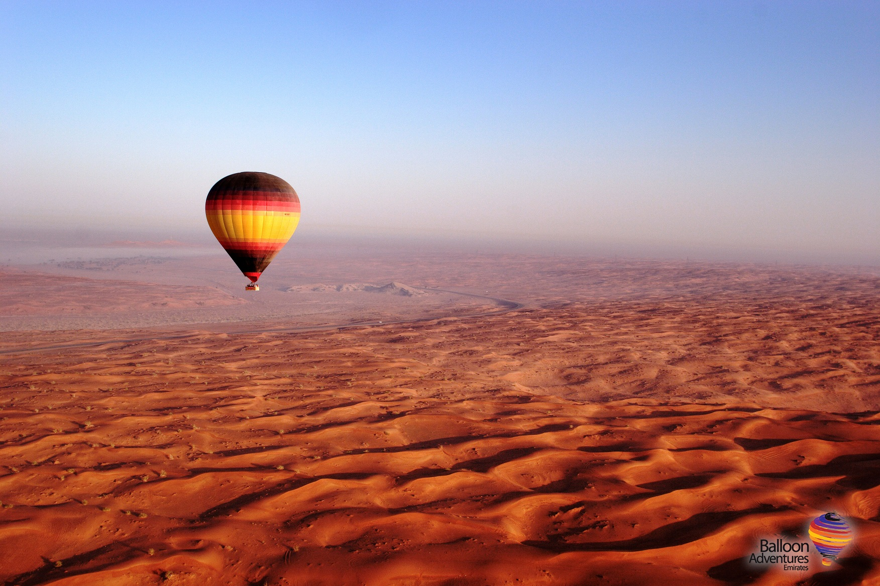 Dubai Hot Air Balloon : Romantic Desert, Silent Sunrises, and Exclusive Views of the Country's Premier National Ecological Reserve