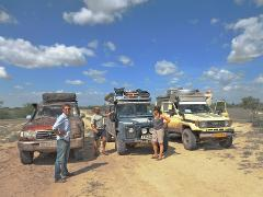 Self-Driving in Niger - Documents and Carnets for Overlanders