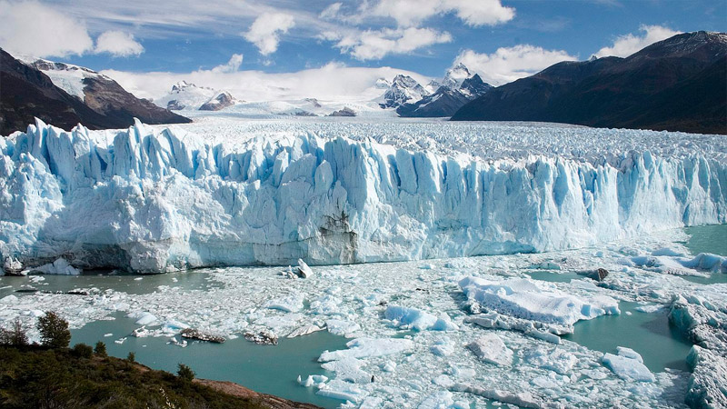 4 Day 3 Night Patagonia Adventure and Escape by Flight from Buenos Aires