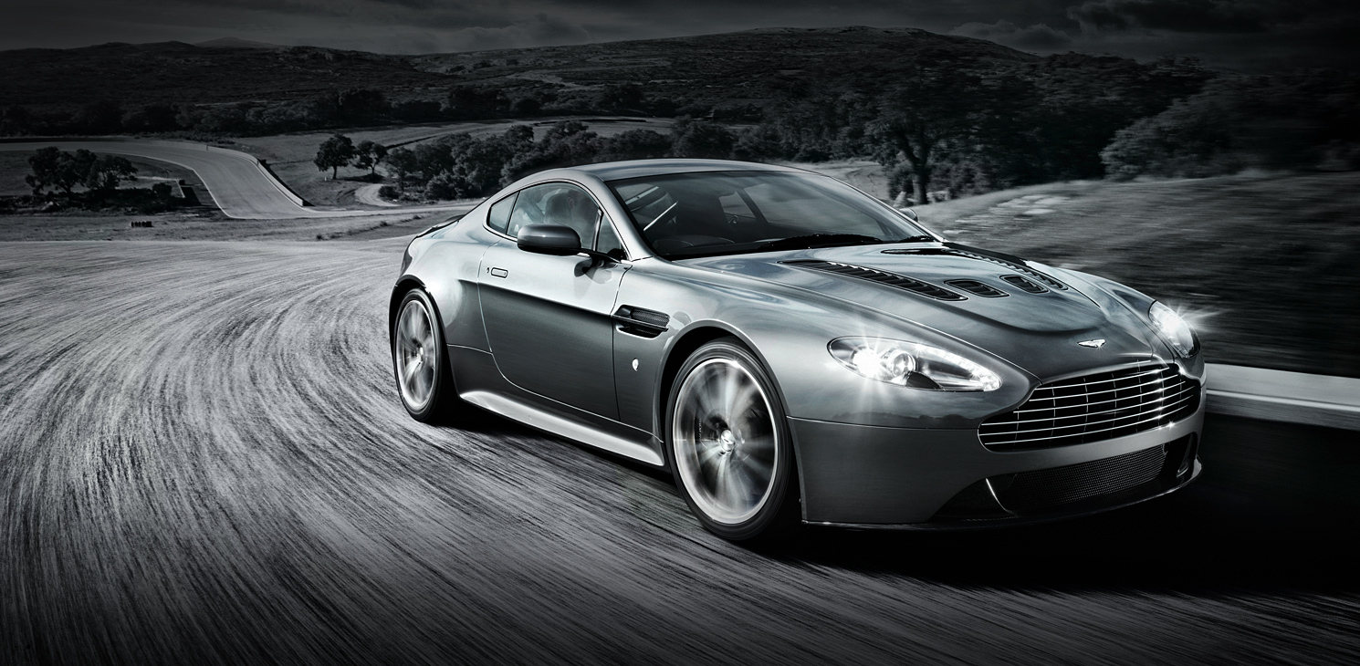Aston Martin Driving Experience In Dubai Race And Test An Am Gt4 Book Now Reservations