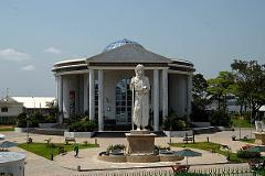 Brazzaville City, River, Twin Capitals View, Culture, and History Day Tour