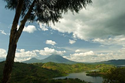 Bombo-Lumene National Park - Trekking and Tiger Fishing