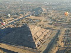 Teotihuacan Pyramids Balloon Tour