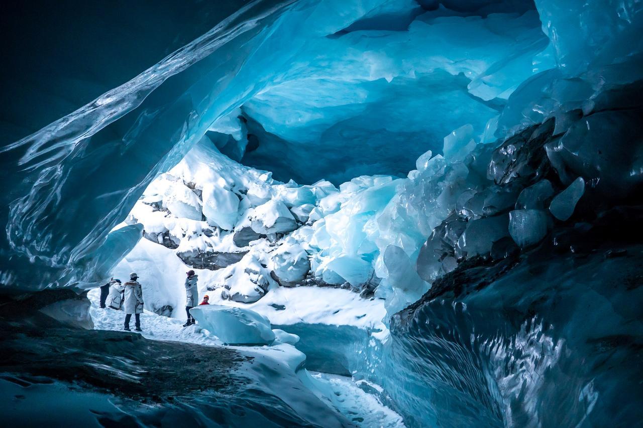 Heli Ice Cave