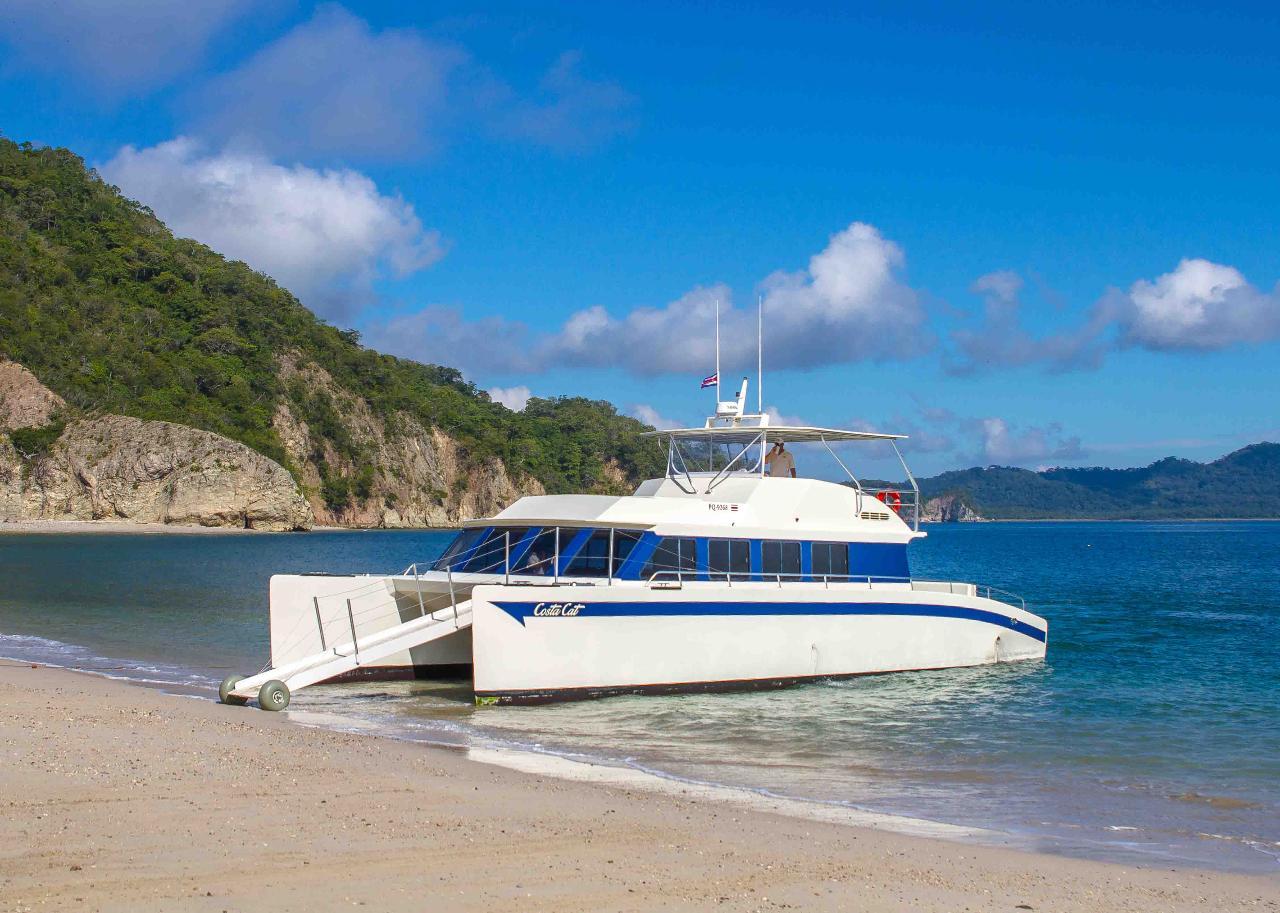 COSTA CAT CATAMARAN TORTUGA ISLAND DAY TOUR