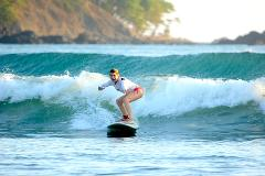 SURFING LESSONS IN JACO BEACH AND LOS SUENOS